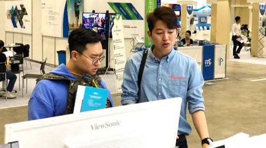 대한민국 ICT 융합 엑스포 2018 리모트미팅 체험 부스 스케치-05